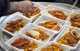 عدم رعایت بهداشت در ارائه غذاهای نذری باعث عفونت و مسمومیت می شود